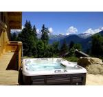 Hot Tub Of The Month - The 880 Series Marin