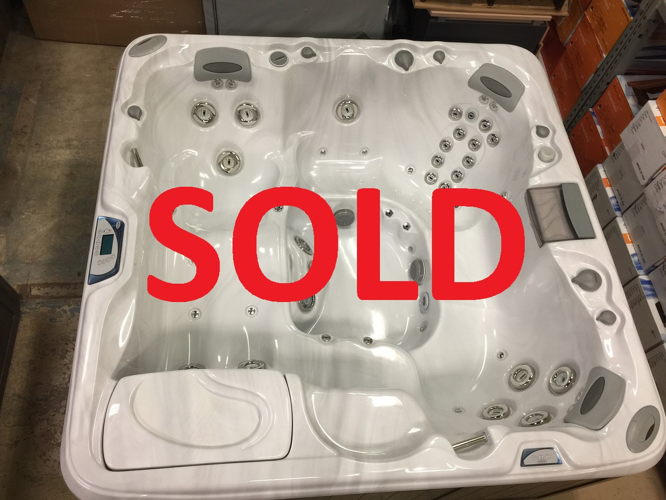 Certified pre-owned Sundance Spas 880 series Cameo hot tub spa hot tubs