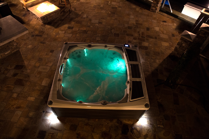 Burlington Oakville Mississauga St. Catharines Ontario Vaughan Toronto Lights Hot Tub