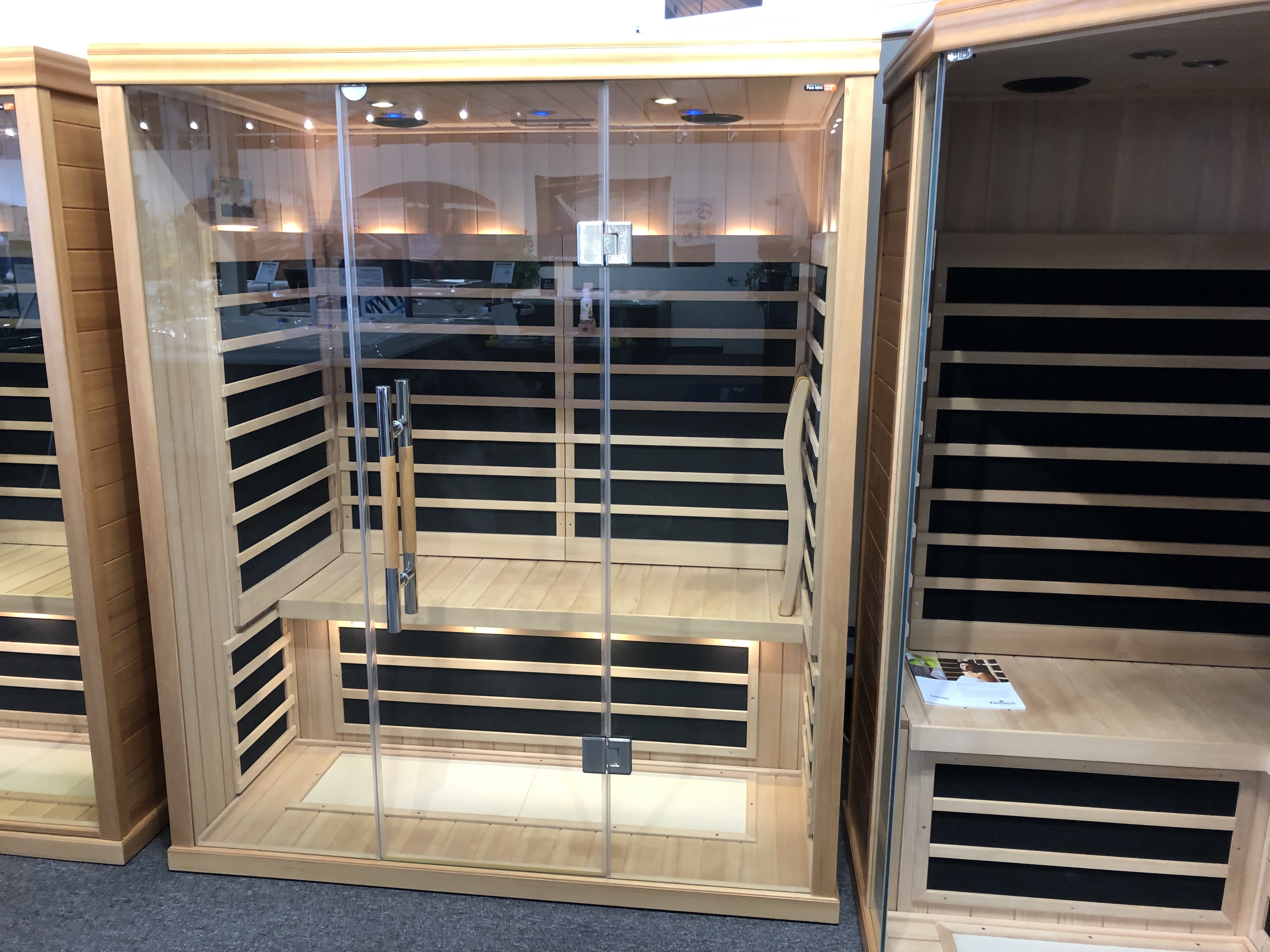 Finnleo Saunas S-825 3 person infrared sauna sale store near me Vaughan Ontario