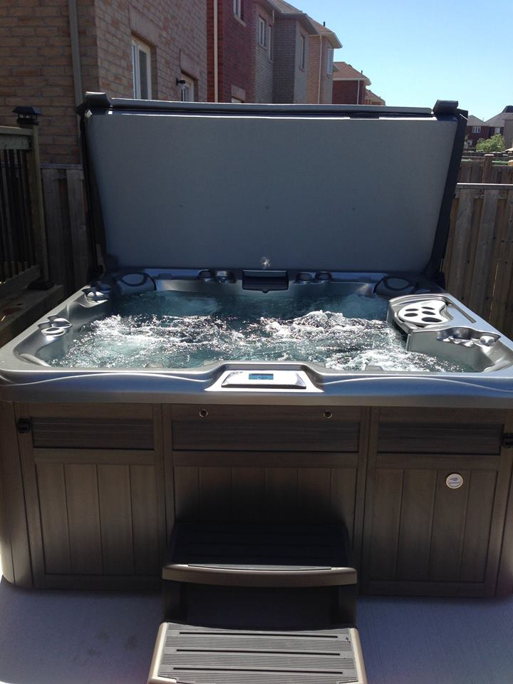 Suburb hot tub and spa installation 54