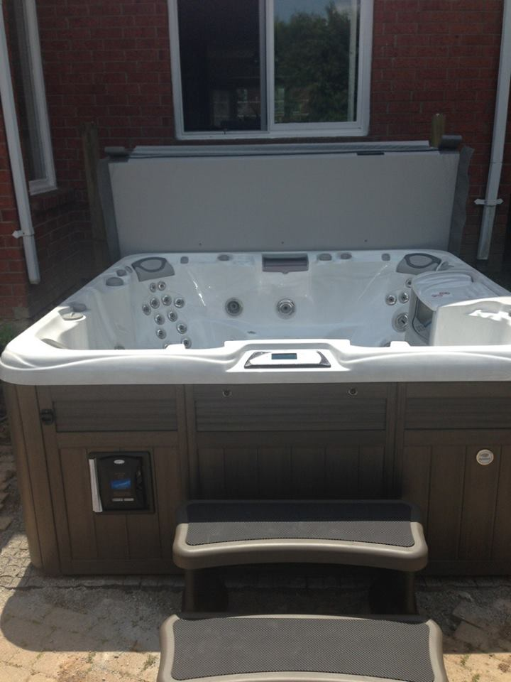 Mississauga hot tub and spa installation 49