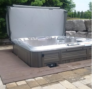 Oakville hot tub and spa installation 12