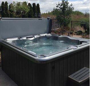 Niagara hot tub and spa installation 17