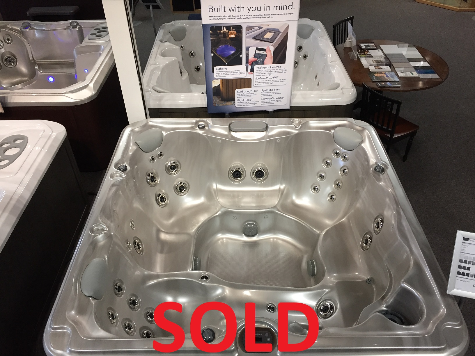 Sundance Spas hot tub clearance sale hot tubs spa jacuzzis whirlpool Vaughan Ontario