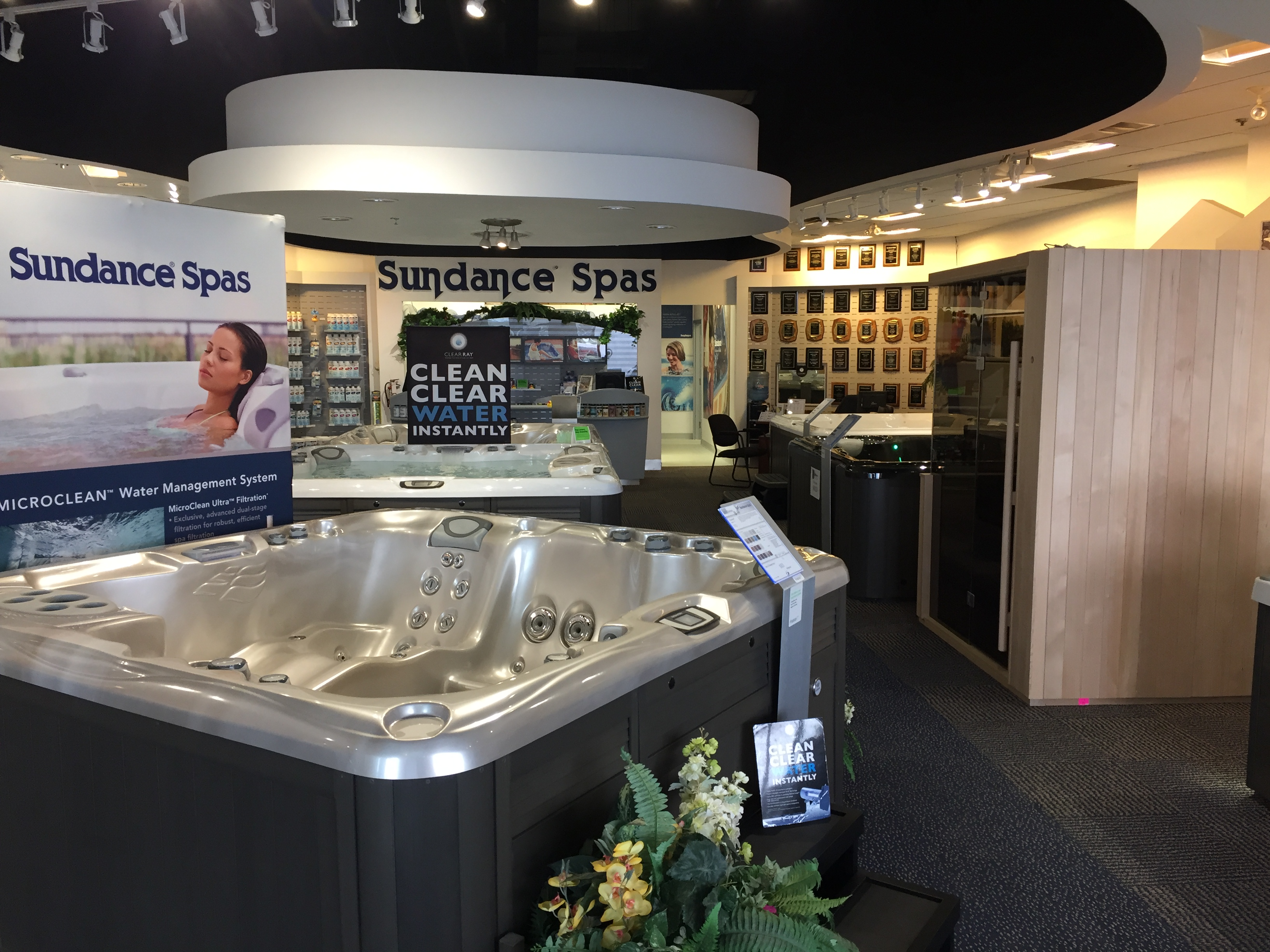 Moderne How Much Does A Hot Tub Cost? | Blog | The Sundance Spa Store YB-54